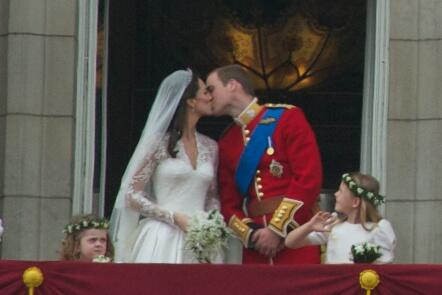 :Kiss Wedding Prince William of Wales Kate Middleton Image