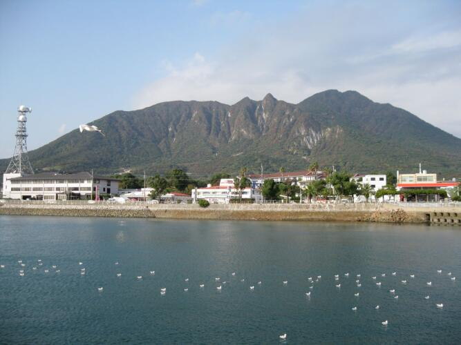 Mayuyama of Shimabara Peninsula, from the sea of Shimabara City