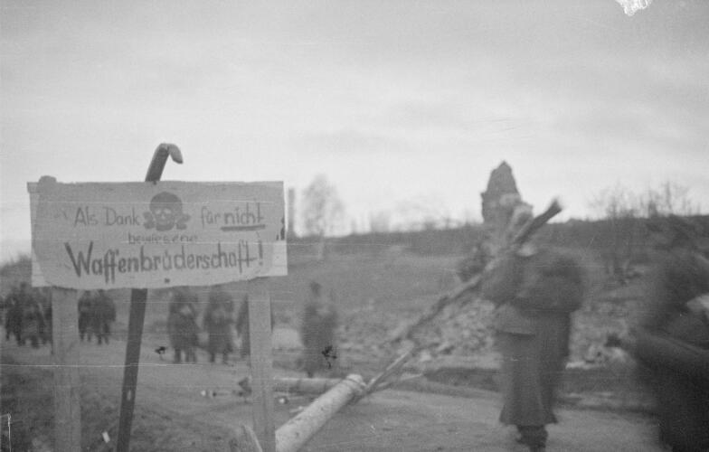 "Picture of a sign the Germans left in Muonio, Lapland: ""As a thanks for not demonstrating brotherhood in arms"""
